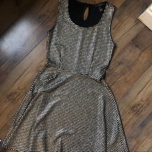 Forever21 Houndstooth Skater Dress Size Small